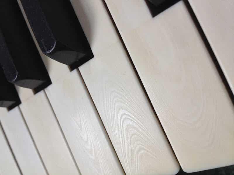 Touches de clavier de piano en ivoire