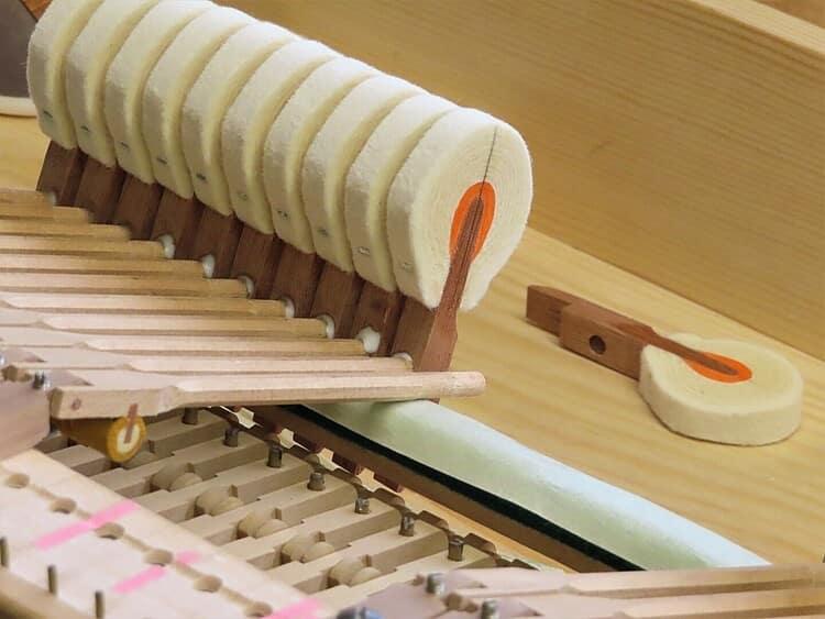 têtes de marteaux de piano